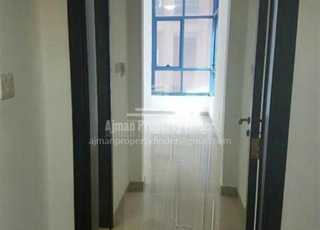 1 bhk Flat in Naumiyah Towers Ajman - corridor view