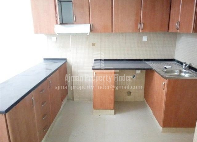 Studio in Nuamiyah Towers Ajman - Kitchen view